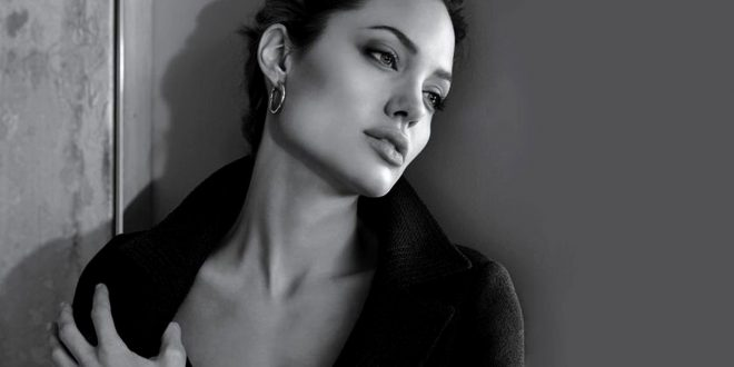 Angelina Jolie HD Backgrounds