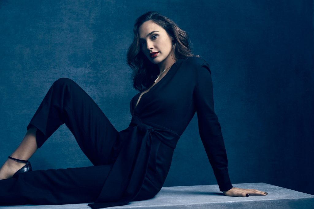 Gal Gadot HD Wallpaper