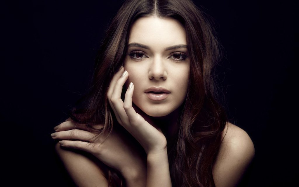 Kendall Jenner HD Widescreen Wallpaper