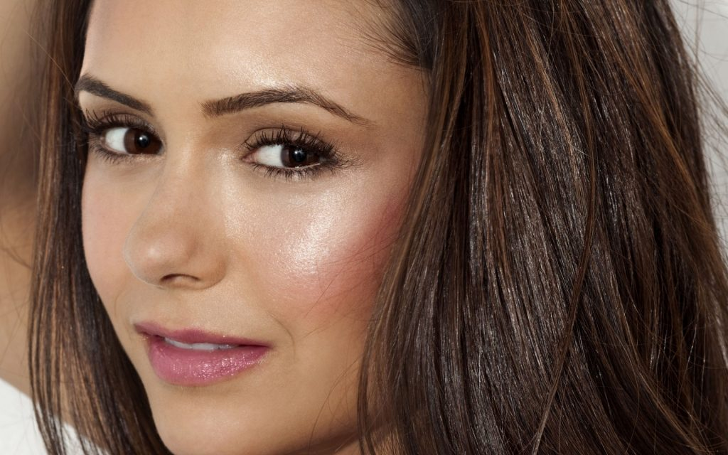 Nina Dobrev HD Widescreen Wallpaper