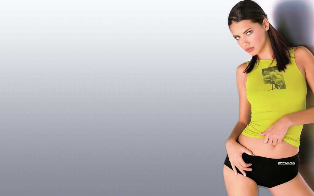 Adriana Lima HD Widescreen Wallpaper