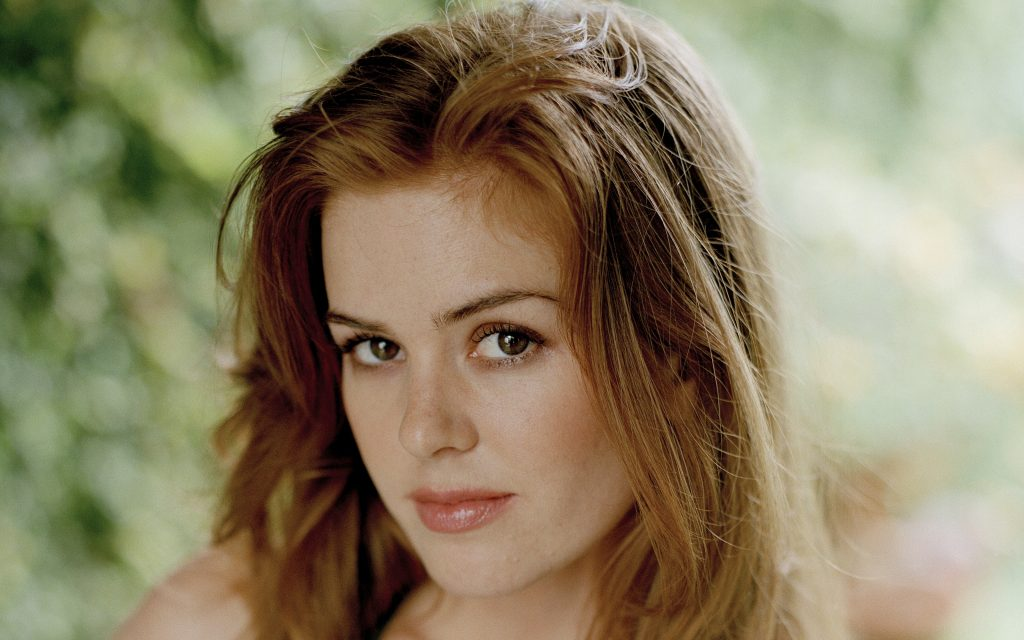 Isla Fisher Background