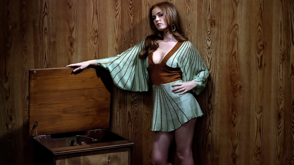 Isla Fisher Full HD Background