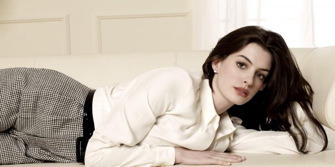 Anne Hathaway Backgrounds