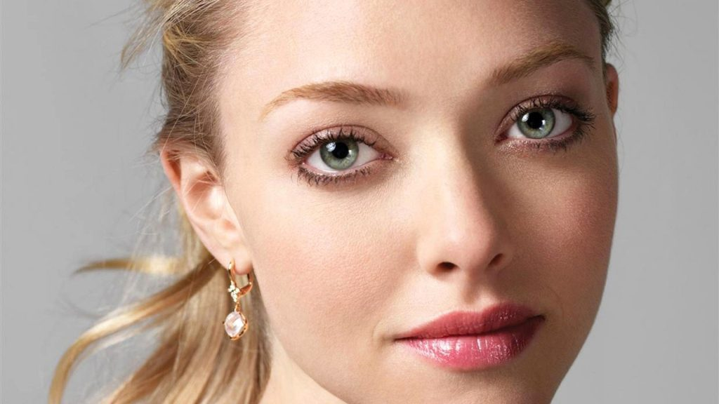 Amanda Seyfried HD Full HD Wallpaper