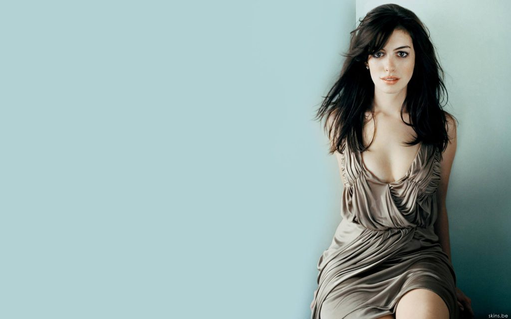 Anne Hathaway HD Widescreen Wallpaper