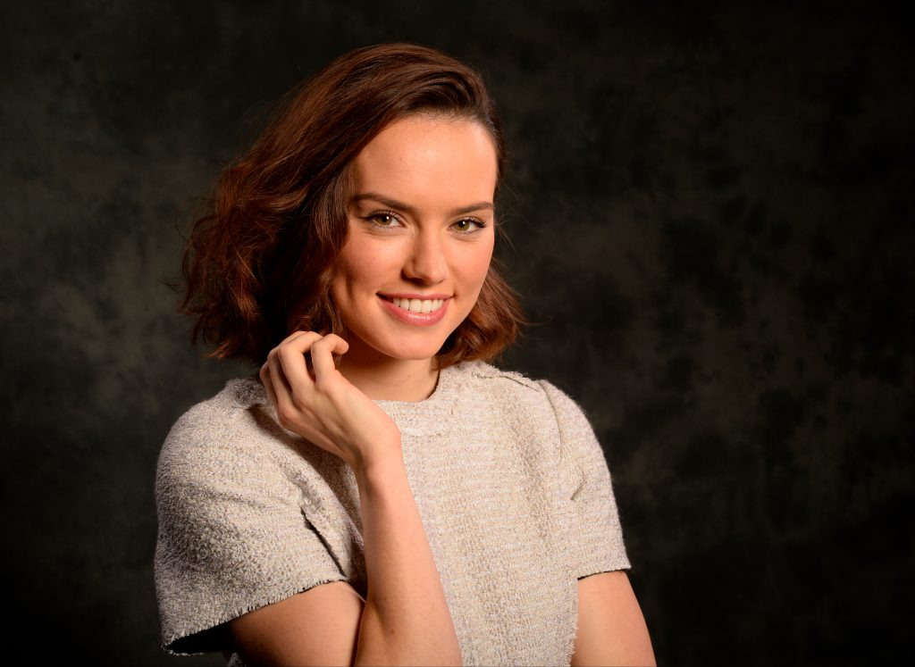 Daisy Ridley Background