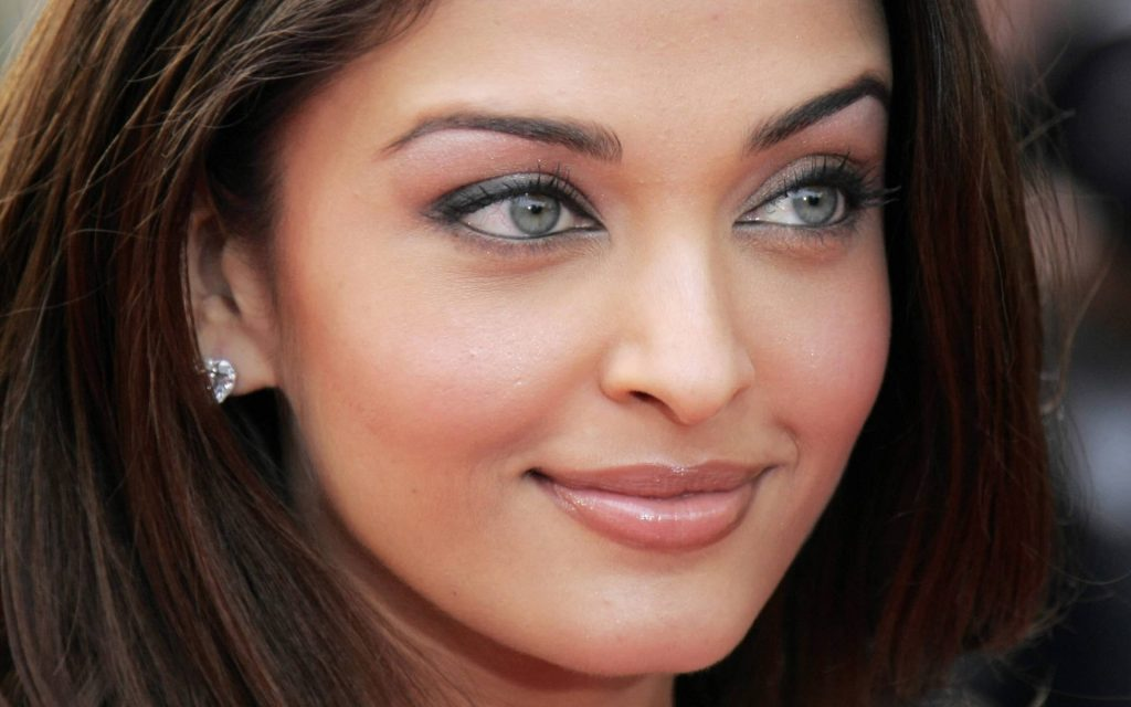 Aishwarya Rai Widescreen Background
