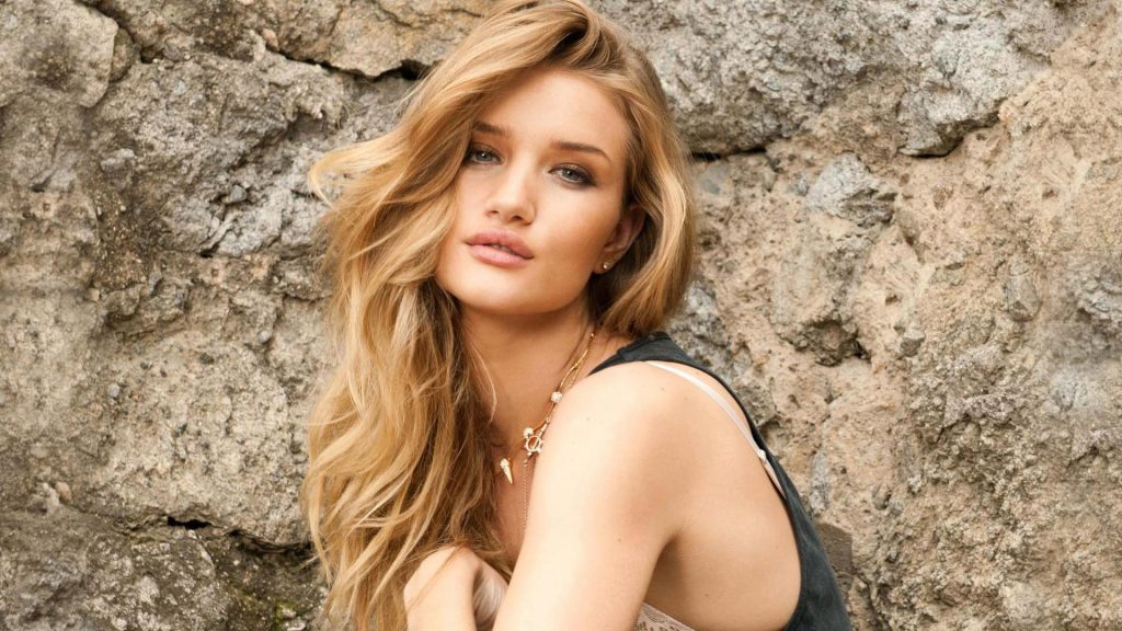 Rosie Huntington-Whiteley Full HD Background
