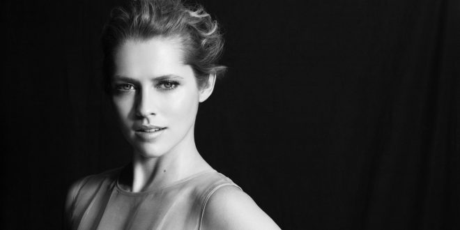 Teresa Palmer Backgrounds
