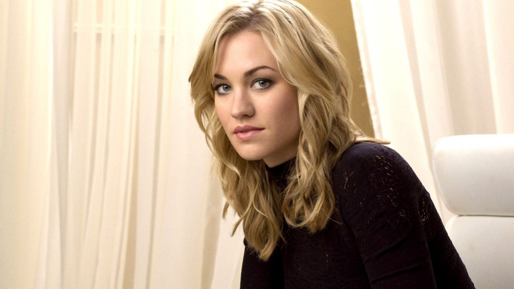 Yvonne Strahovski Full HD Background