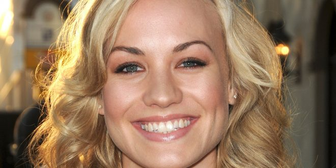 Yvonne Strahovski Backgrounds