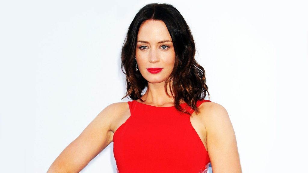 Emily Blunt Full HD Wallpaper