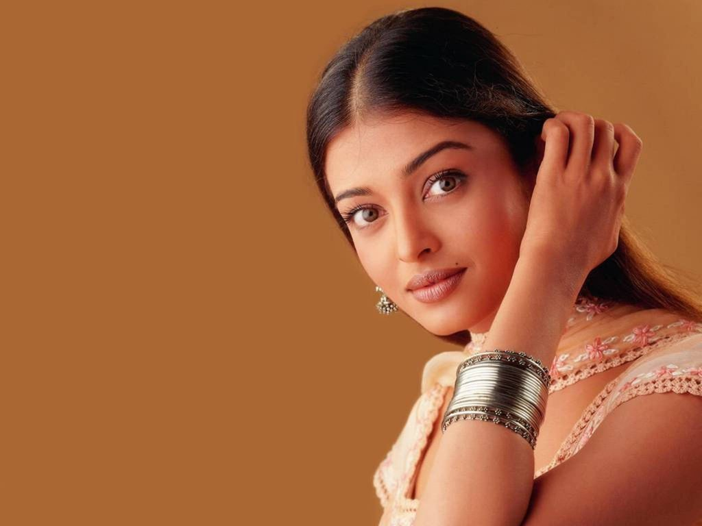 Aishwarya Rai HD Wallpaper