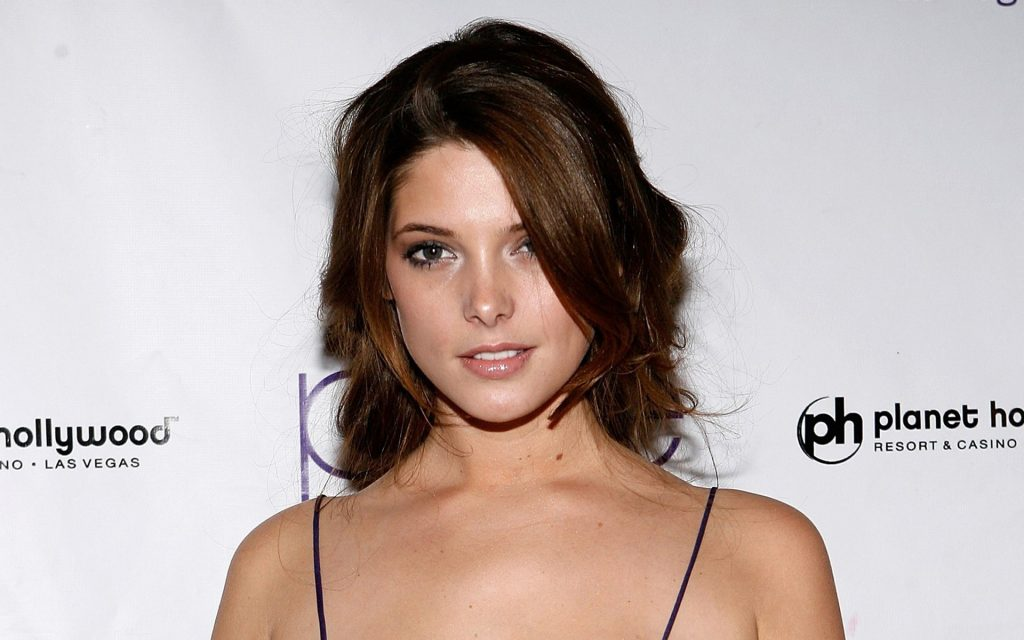 Ashley Greene Widescreen Wallpaper