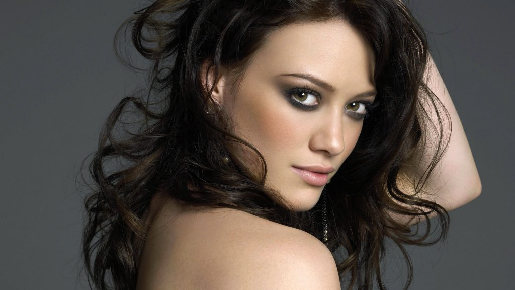 Hilary Duff Quad HD Wallpaper