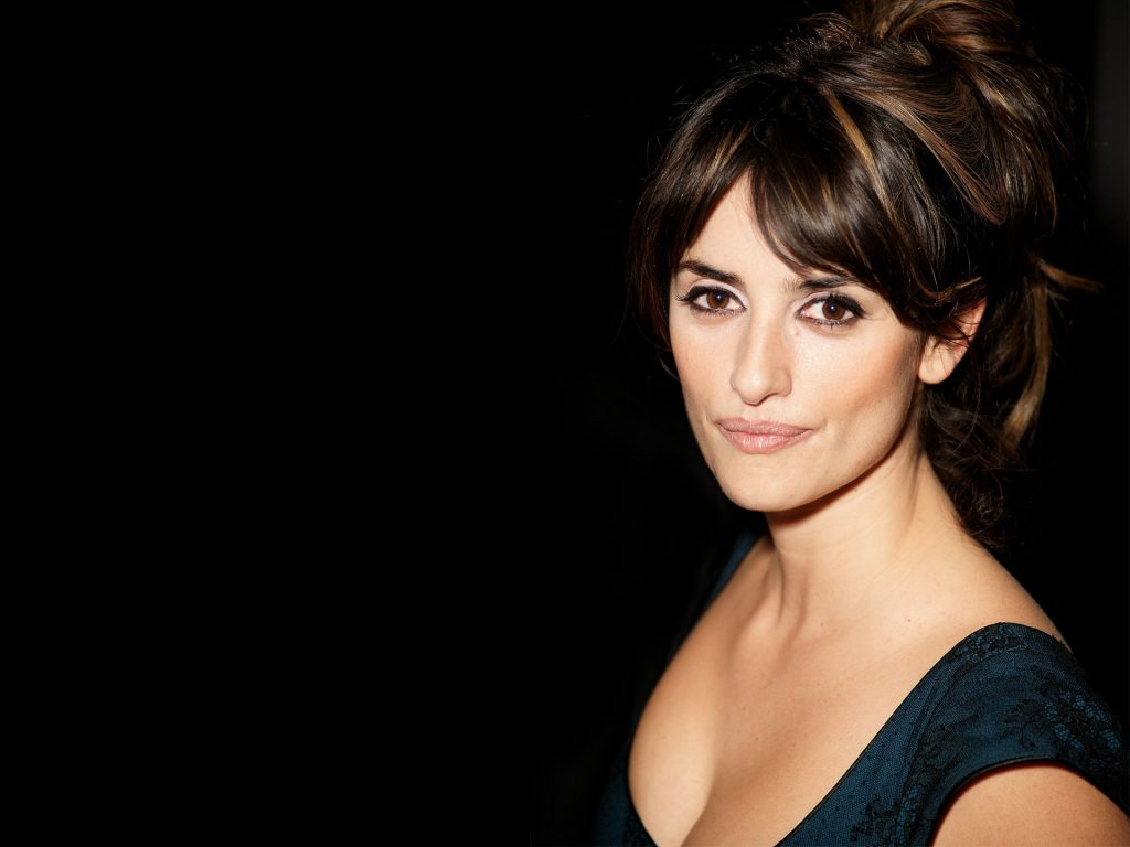 Penelope Cruz HD Background