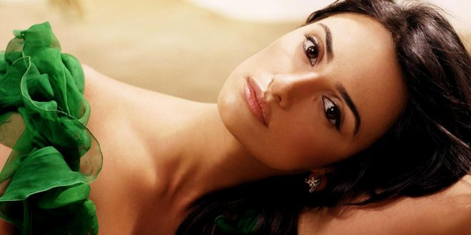 Penelope Cruz HD Backgrounds