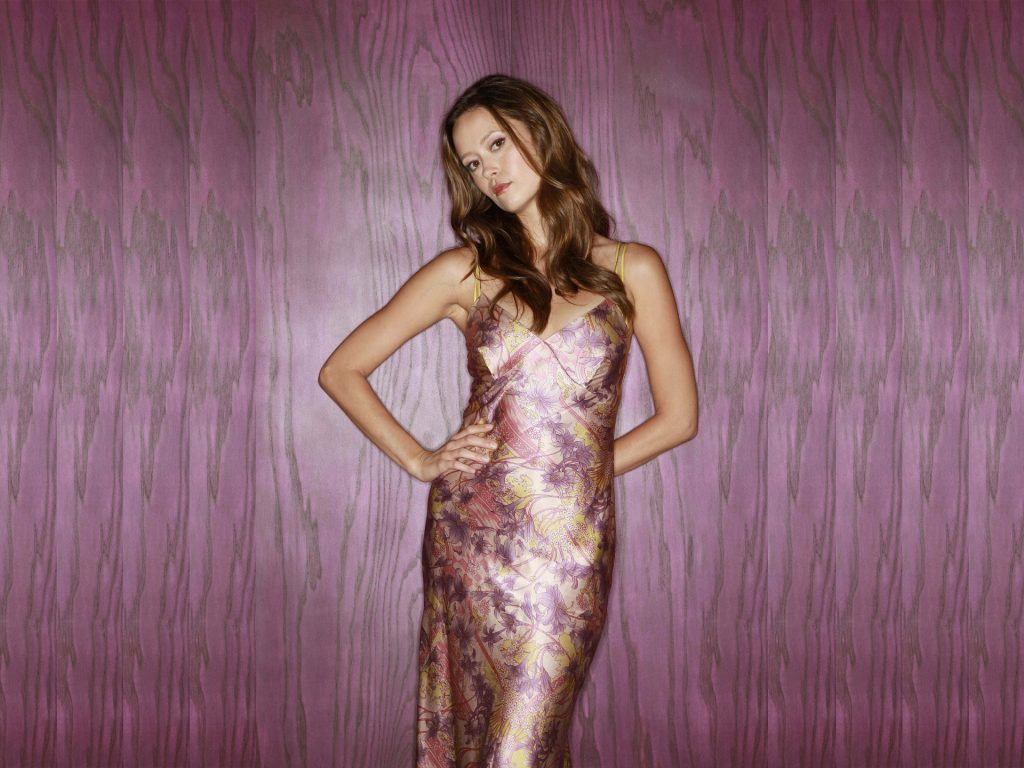 Summer Glau HD Wallpaper