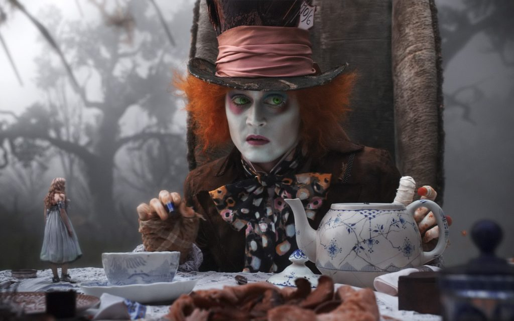 Alice In Wonderland (2010) Widescreen Background
