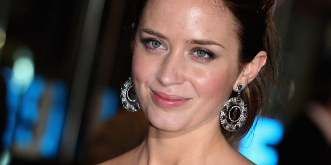 Emily Blunt Backgrounds