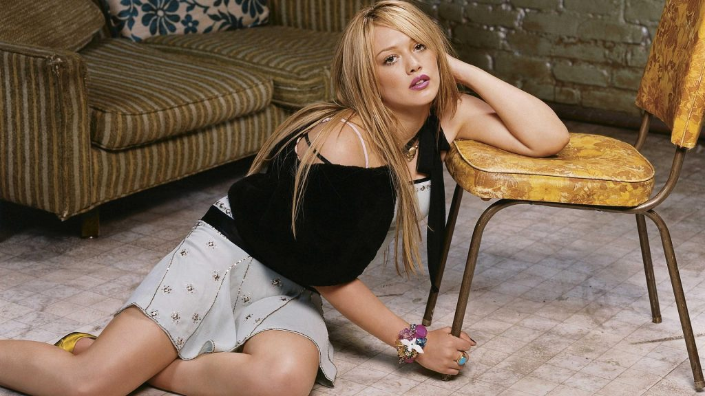 Hilary Duff Full HD Background