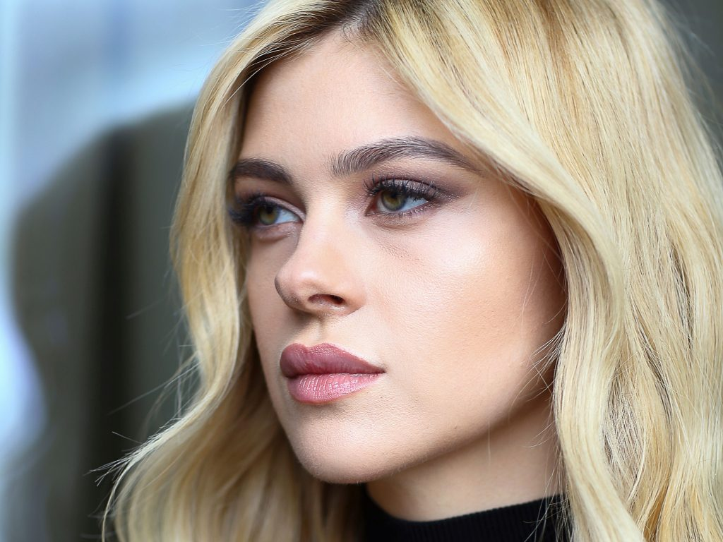 Nicola Peltz Wallpaper
