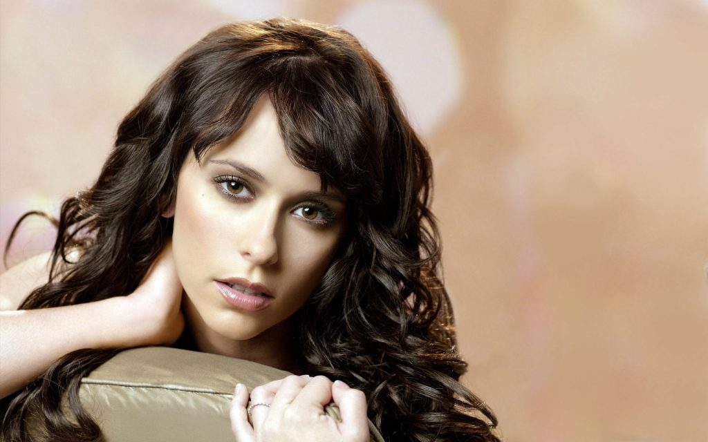 Jennifer Love Hewitt HD Widescreen Wallpaper
