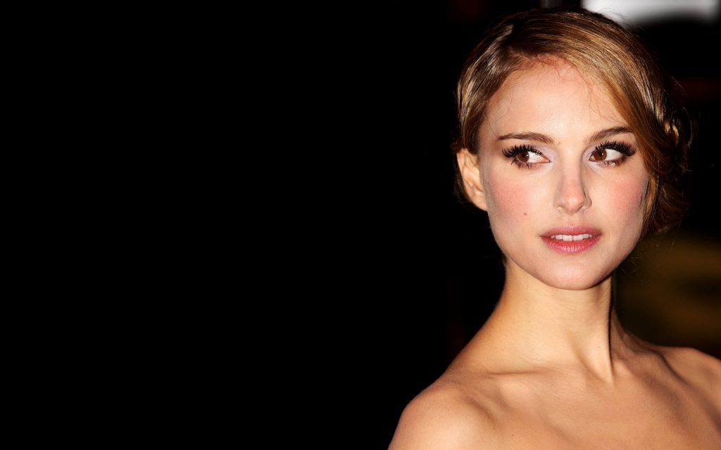 Natalie Portman HD Widescreen Wallpaper