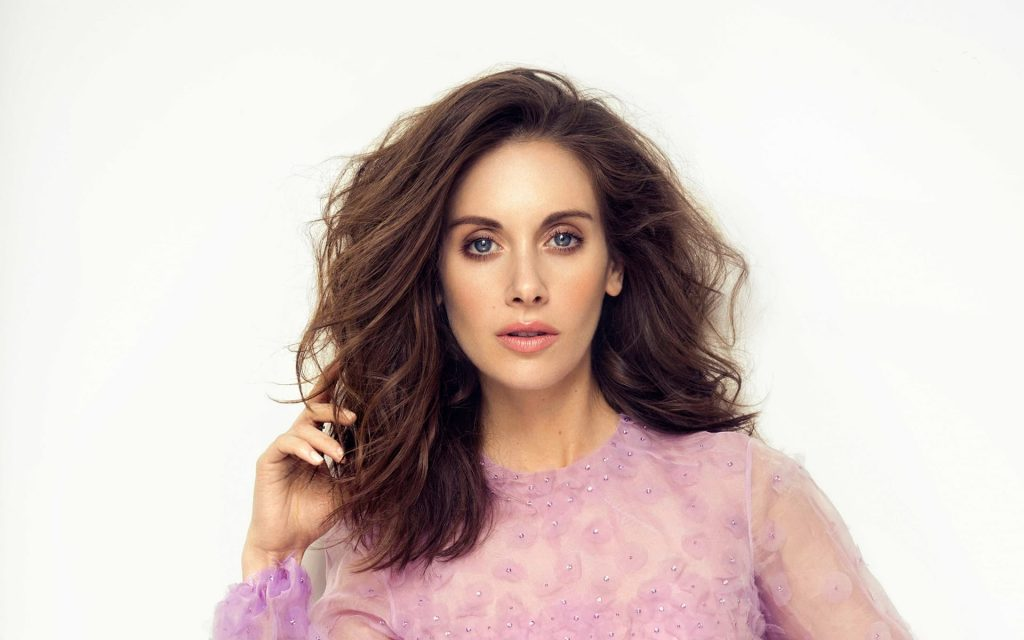 Alison Brie Widescreen Wallpaper