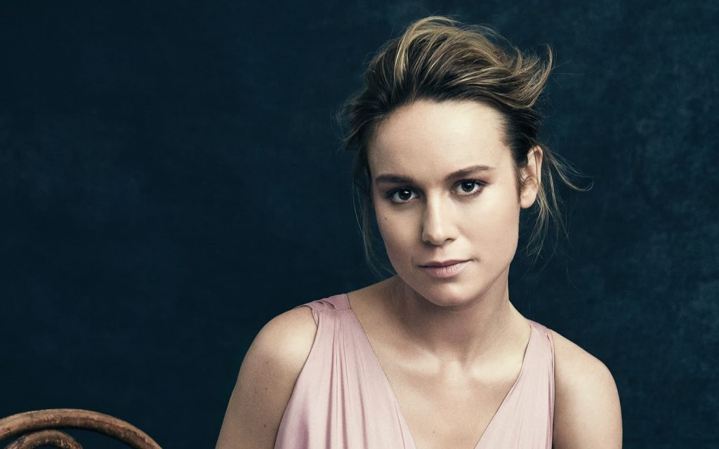 Brie Larson Widescreen Background