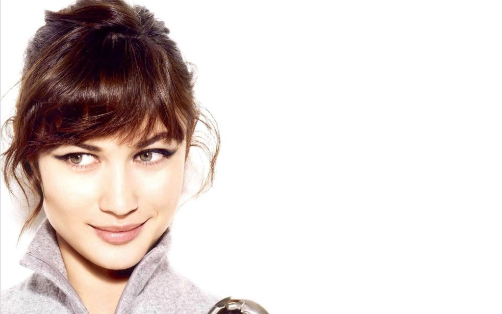 Olga Kurylenko Widescreen Wallpaper