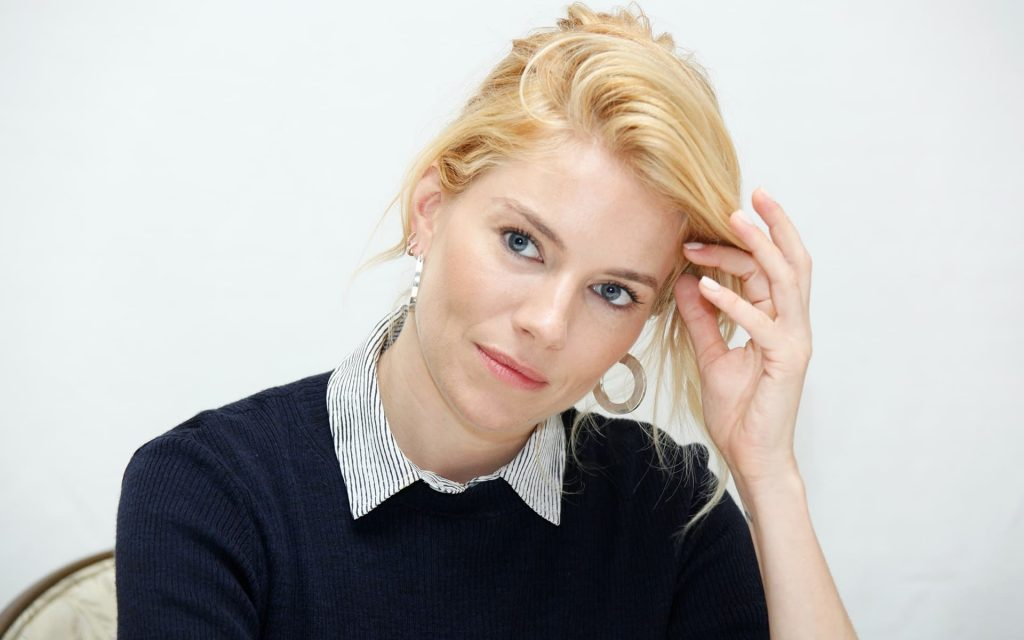 Sienna Miller HD Widescreen Wallpaper