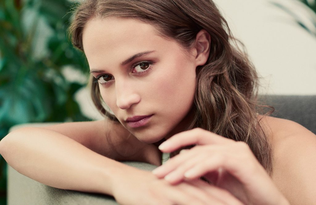 Alicia Vikander HD Wallpaper