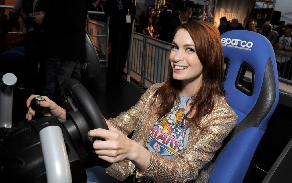 Felicia Day Widescreen Wallpaper