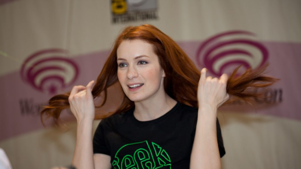 Felicia Day 4K UHD Wallpaper