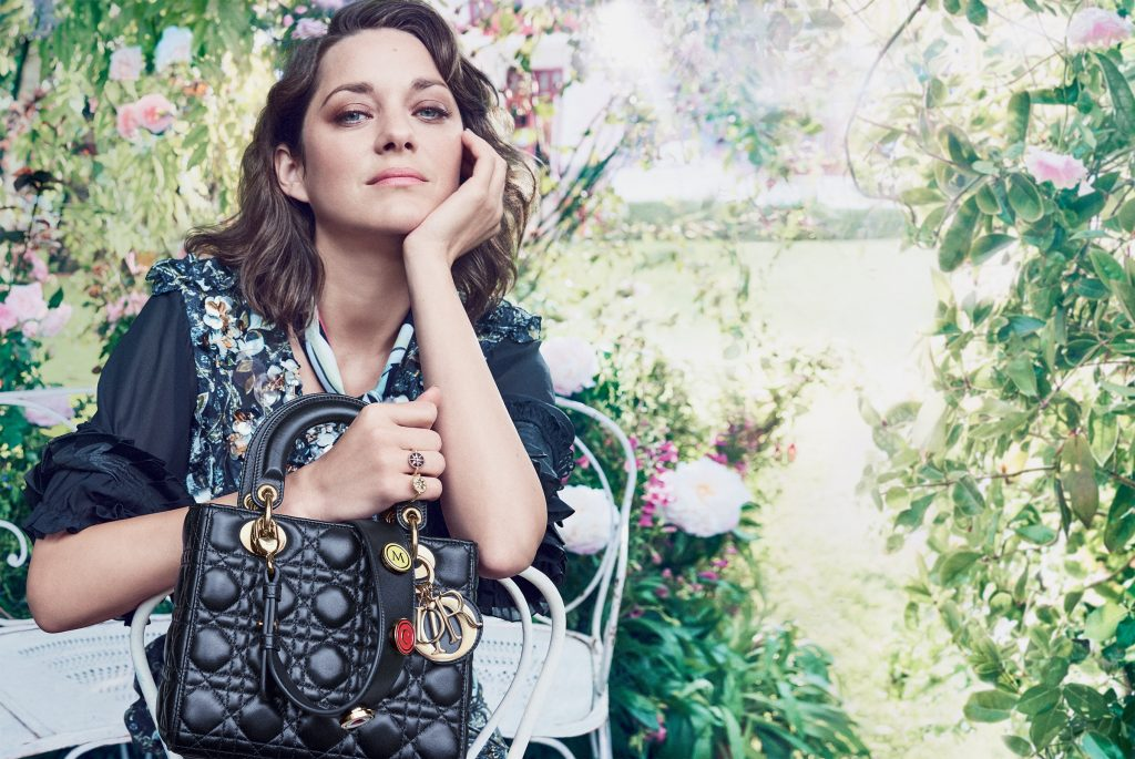 Marion Cotillard Background