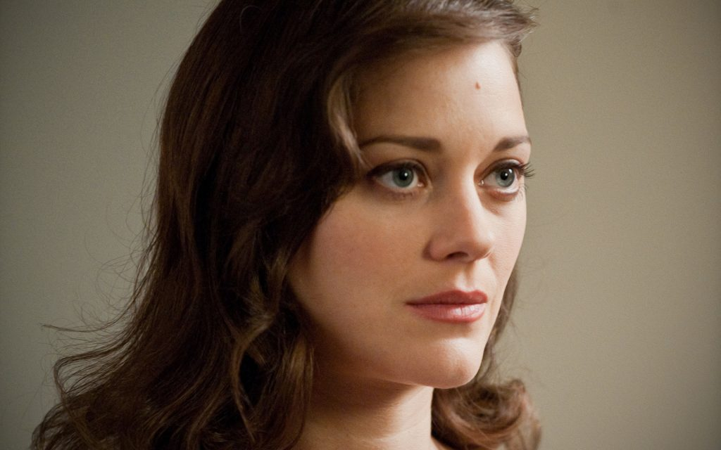 Marion Cotillard Widescreen Background