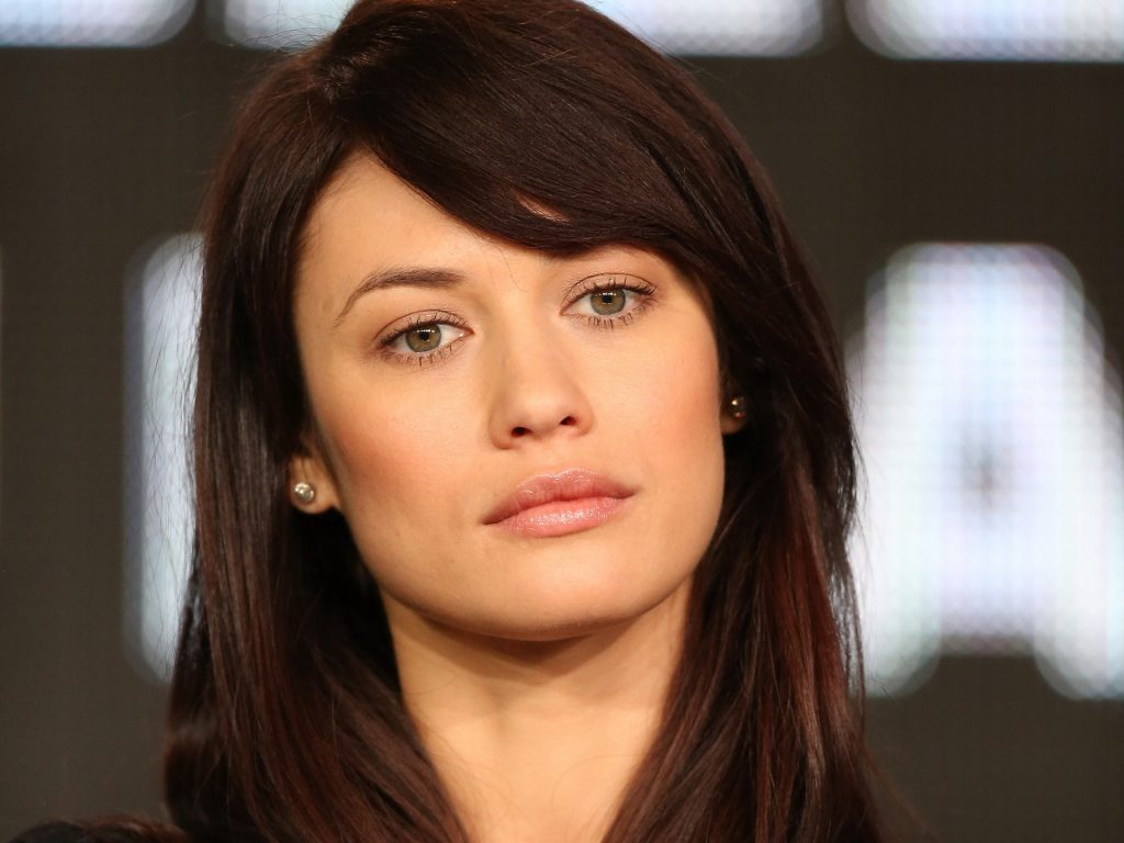 Olga Kurylenko Background