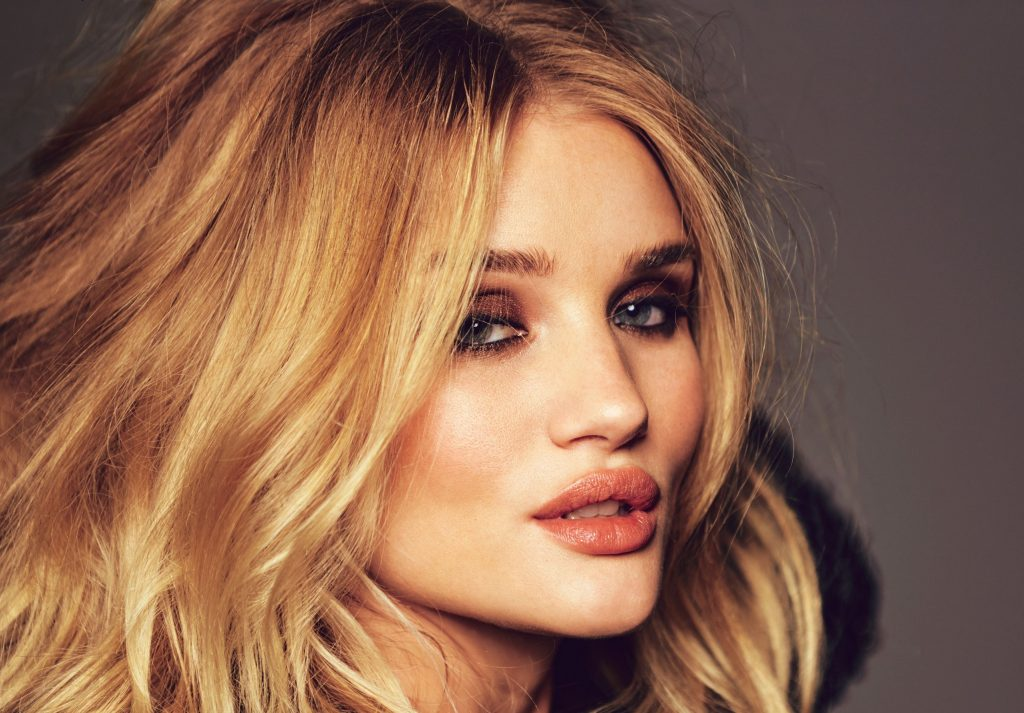 Rosie Huntington-Whiteley HD Wallpaper