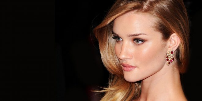 Rosie Huntington-Whiteley HD Wallpapers