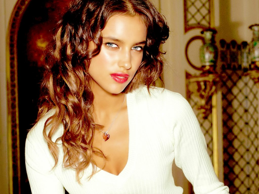 Irina Shayk Wallpaper