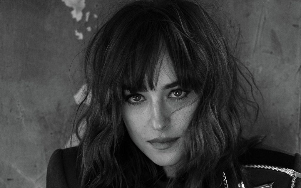 Dakota Johnson Widescreen Background