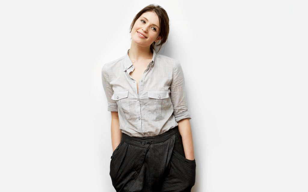Gemma Arterton Widescreen Background