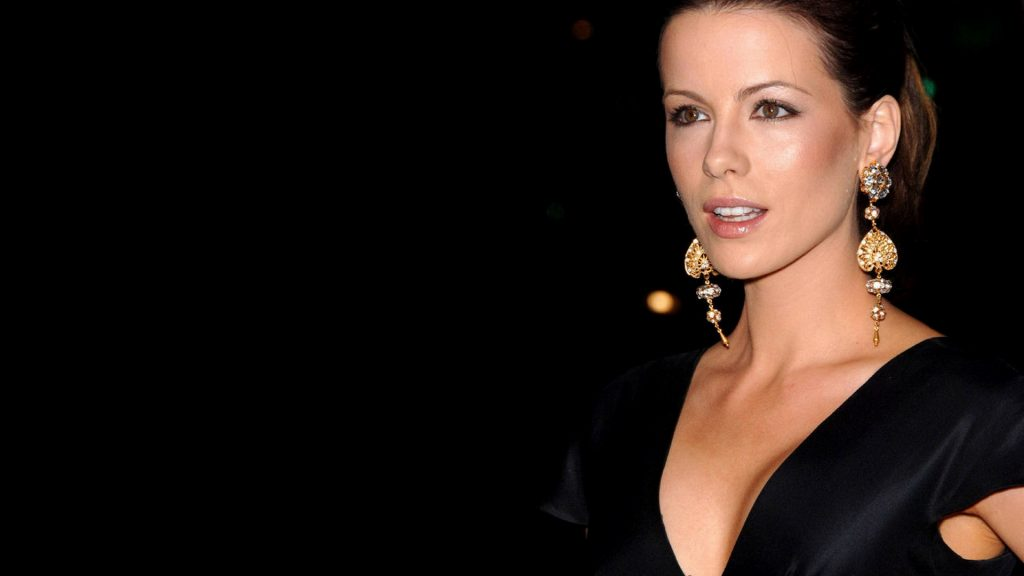 Kate Beckinsale Full HD Background