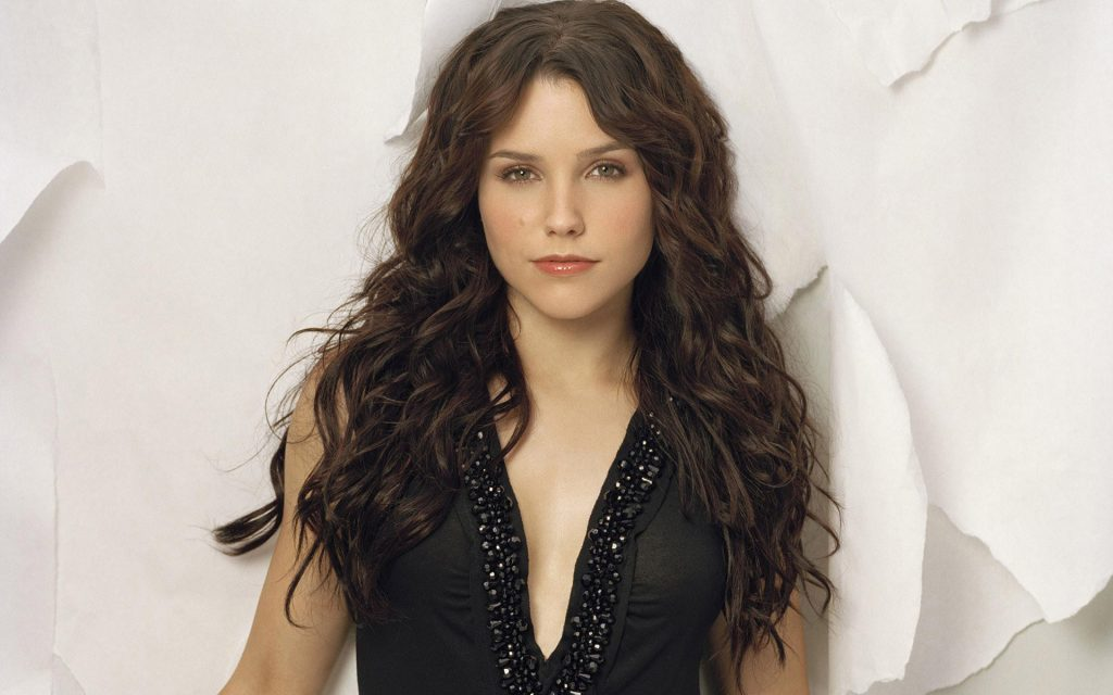 Sophia Bush HD Widescreen Wallpaper