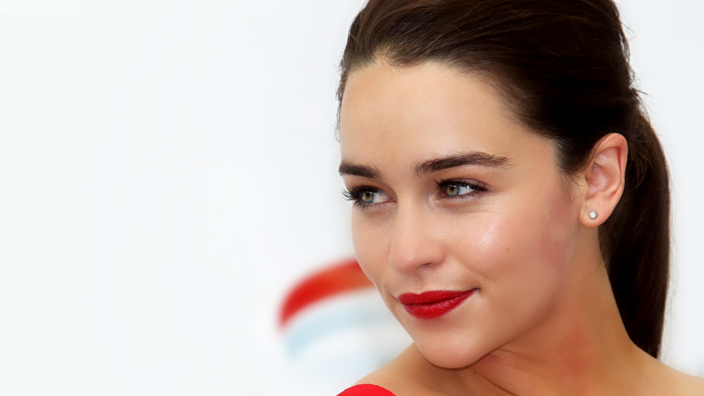 Emilia Clarke HD Full HD Wallpaper