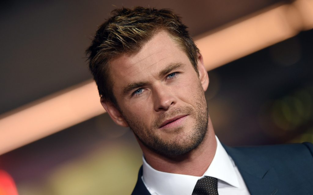 Chris Hemsworth Widescreen Wallpaper