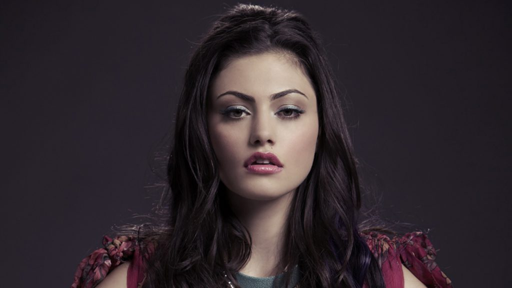 Phoebe Tonkin Full HD Background