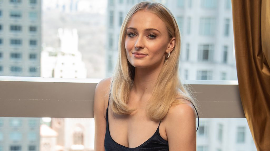 Sophie Turner HD Quad HD Wallpaper